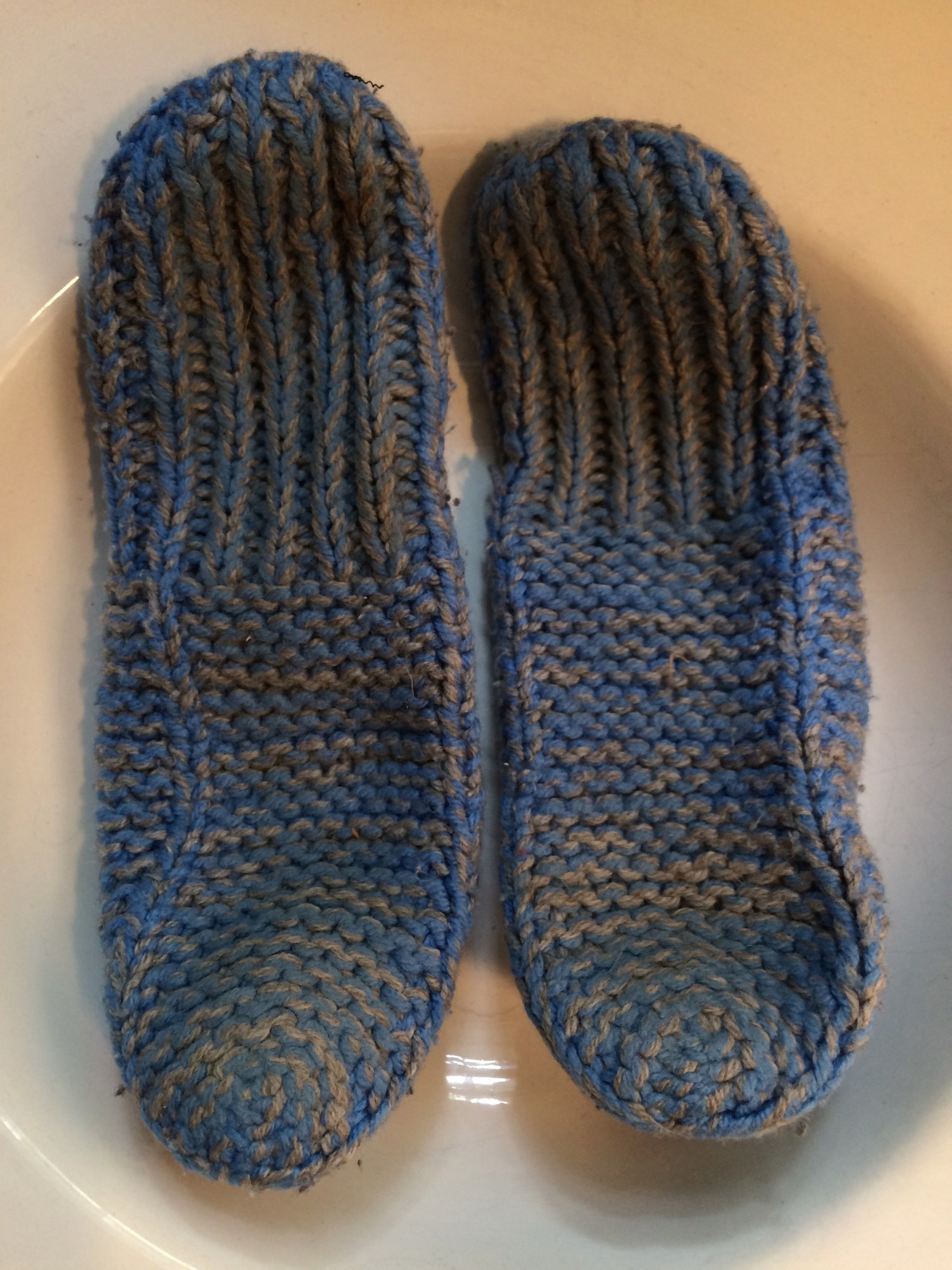 Knitting Slippers Patterns For Beginners : Beginner s knitting slipper pattern identification
